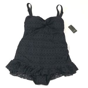 🌷TORRID Black Lace Skirted 1-Piece Swimsuit🌷
